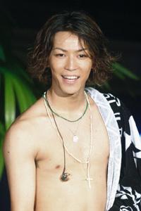 KAT-TUNがコンビナートで前代未聞のライブ決行