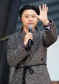 柄×柄の関ジャニ∞・安田章大、おかんTシャツのKinKi Kids・堂本剛、どっちがおしゃれ?
