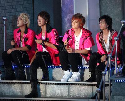 「昔はよくKAT-TUNと対比されてた」、NEWSがグループのイメージの変遷を語る