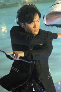 『SMAP×SMAP大運動会』、『月曜から夜ふかし』に敗北! AKB48共演でファンは悲鳴