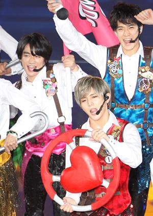 イベント・記念品・紅白出場……Hey!Say!JUMPデビュー記念日に、ファン歓喜のサプライズ!
